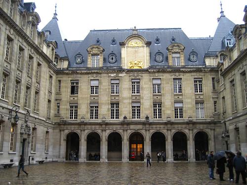 巴黎索邦大学 - 四大